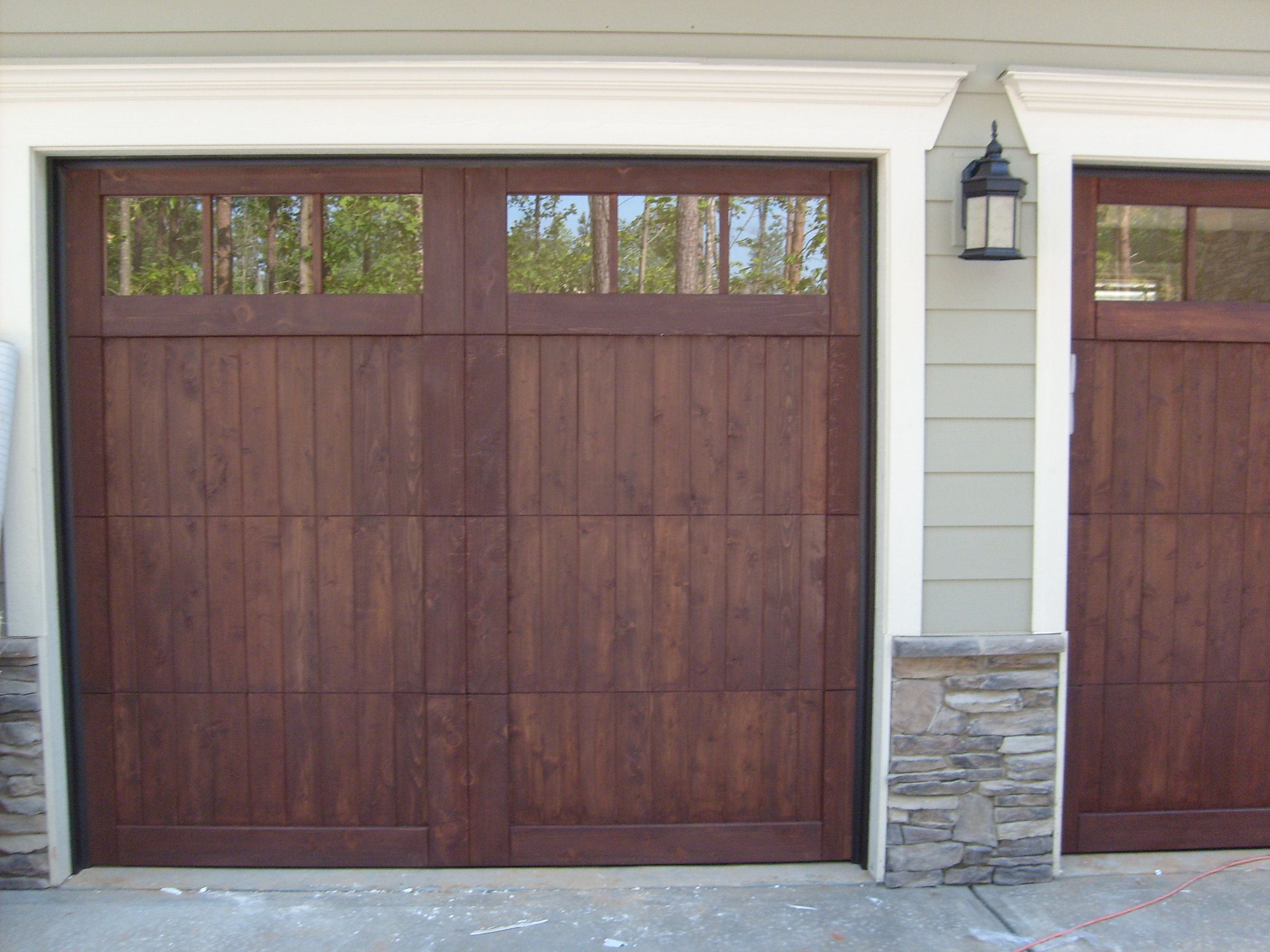 Residential garage doors charlotte doors by nalley for Garage doors